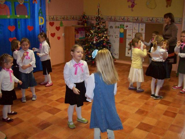 Przedszkole Polkowskie - dzień babci i dziadka (2).jpeg